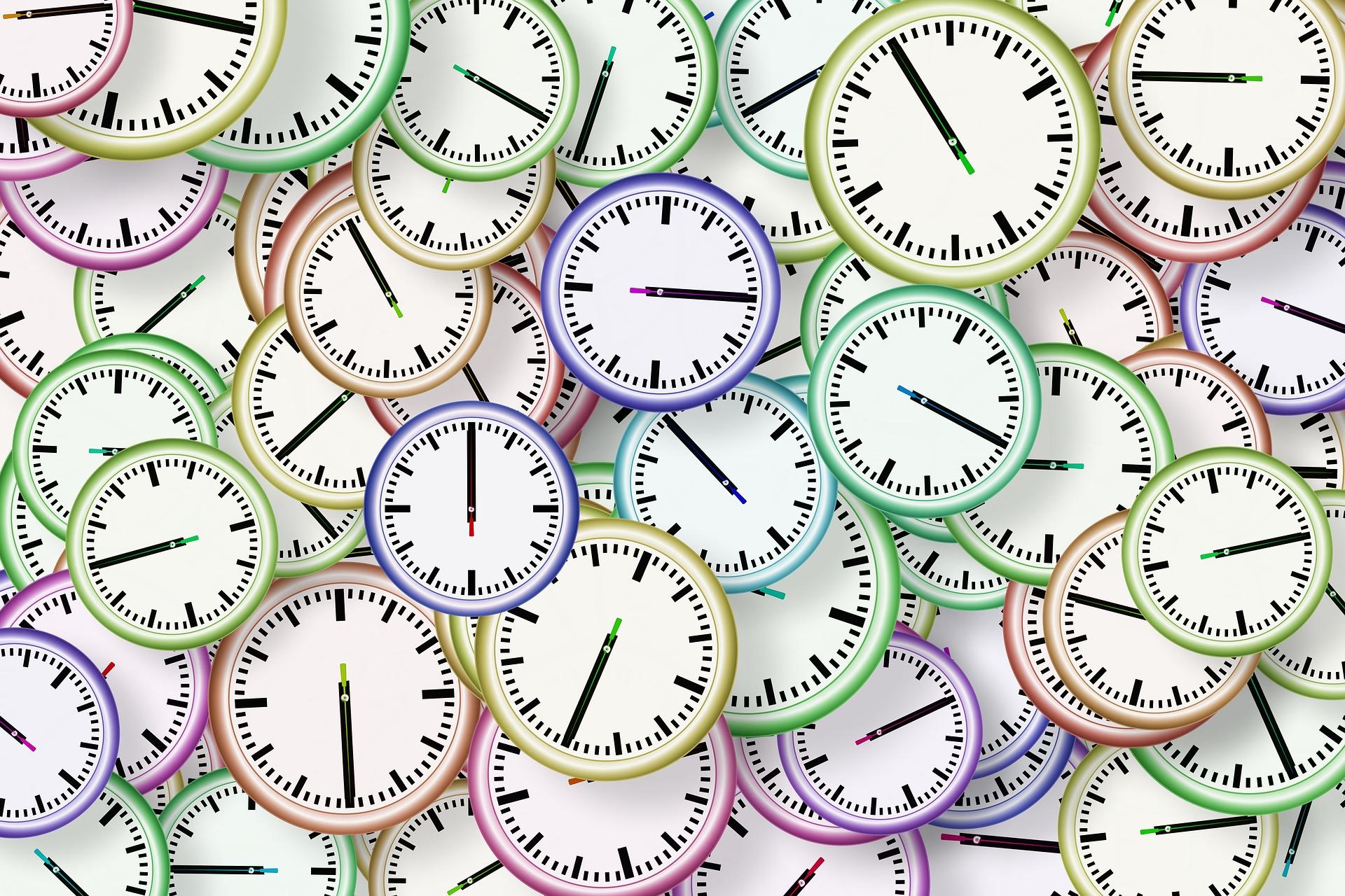 Ganz viele Uhren