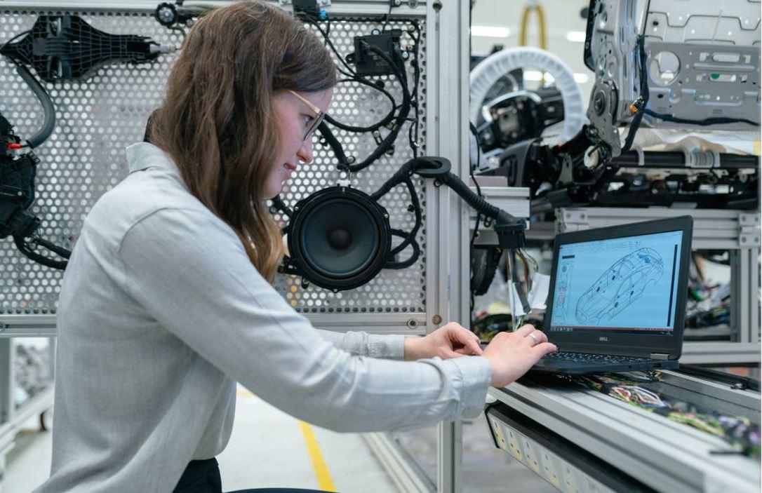 Automatische Prüfung von Fügewerkzeugen